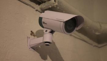 Можно ли повесить видеокамеру в подъезде дома?